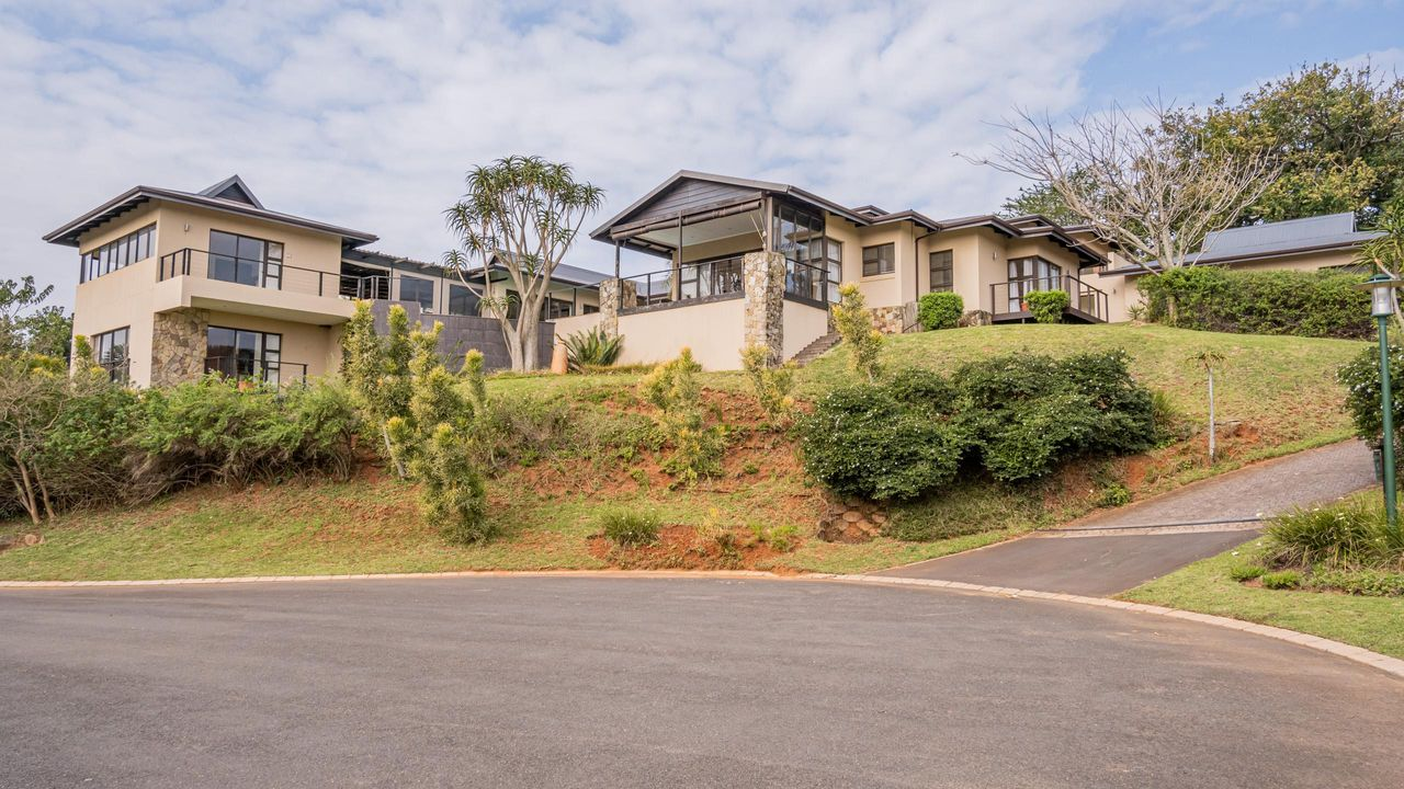 5 Bedroom House For Sale in Simbithi Eco Estate